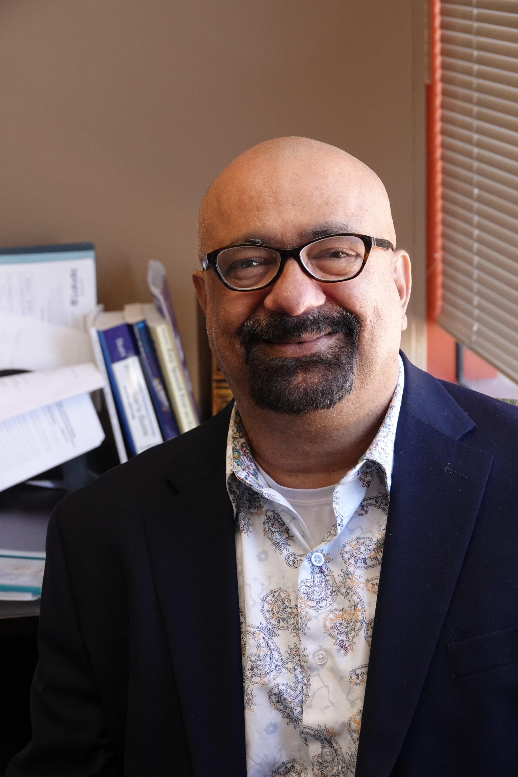 About Dr Rizwan Khan